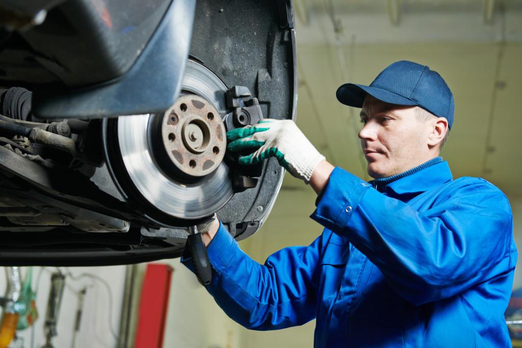 Check Engine Light Testing-Repair–Tune-ups–Timing Belts–Serpentine Belts–Factory Rebuilt Engines–Computer Diagnostics–Head Gaskets–Oil Leak Repair